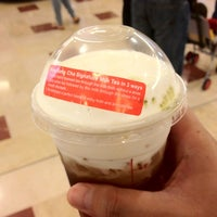 Photo taken at 貢茶 Gong Cha by Clement on 2/23/2013