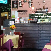 Photo taken at Amante Pizza And Pasta - Silver Lake Everett by Matthew S. on 7/25/2013