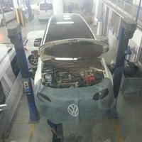 Photo taken at Volkswagen Mercan Otomotiv by Erdem E. on 6/3/2013