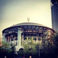 Снимок сделан в Московский международный дом музыки (ММДМ) пользователем Massimo 5/12/2013