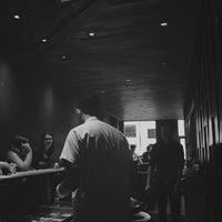 Das Foto wurde bei KazuNori: The Original Hand Roll Bar von Josiah F. am 9/25/2017 aufgenommen