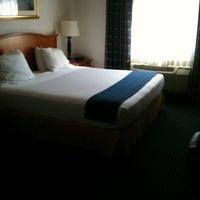 Photo taken at Holiday Inn Express Santa Fe Cerrillos by Theresa on 1/13/2014