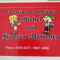 Foto tirada no(a) Padaria e Confeitaria Michel und Hansen Marichen por Eduardo C. em 11/18/2012