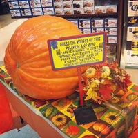 Photo taken at Super Foodtown by Domitille M. on 10/14/2013