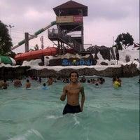 Photo taken at VIP Cabana Snowbay by BinTanK E. on 8/12/2013