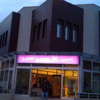 Das Foto wurde bei Üsküdar Gençlik Merkezi von İsmihan Ş. am 10/8/2012 aufgenommen