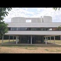 Photo taken at Villa Savoye by Nikita P. on 7/19/2017