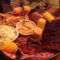Photo taken at Famous Dave's Bar-B-Que by Katt S. on 1/31/2013