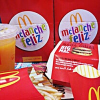Foto tirada no(a) McDonald's por Fernanda A. em 6/8/2013
