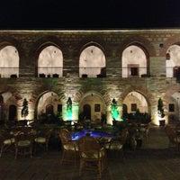 Foto diambil di Kurşunluhan Hotel oleh Muge pada 6/28/2013