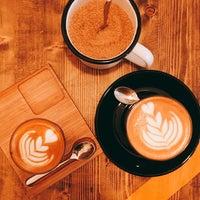 Foto tomada en Double Shot Coffee Shop por Máté J. el 3/12/2017
