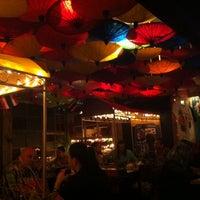 Foto tirada no(a) K Thai Bar por Alexandre T. em 10/23/2013