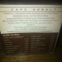 Foto tirada no(a) Café Kobalt por Derya C. em 11/18/2012