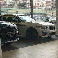 Photo taken at OTOMOL BMW Borusan Otomotiv Yetkili Servisi by Cum on 2/12/2018