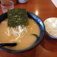 Photo taken at らーめん和 by deka2 on 6/1/2014