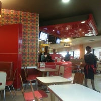 Photo taken at Wimpy by Thapelo C. on 10/20/2012