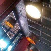 9/25/2015 tarihinde Thapelo C.ziyaretçi tarafından The Smokehouse and Grill'de çekilen fotoğraf