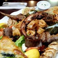 12/5/2012 tarihinde The Baltimore Sunziyaretçi tarafından Samos Restaurant'de çekilen fotoğraf