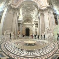 Photo taken at Panthéon by Vicnent .. on 2/22/2013