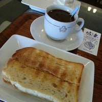 Photo taken at Dong Po Colonial Cafe | 東坡茶室 by Soh Hoong L. on 7/26/2013