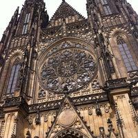 Foto diambil di Kastil Praha oleh Celia pada 5/9/2013