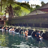 Photo taken at Pura Tirta Empul (Tirta Empul Temple) by Becky on 5/23/2013