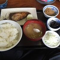 Photo taken at 魚料理のじま by tokitsu on 3/3/2015