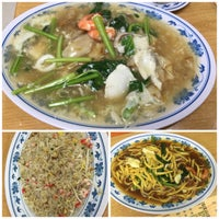 Photo taken at Fei Siong Seafood 肥雄美食.火锅.海鲜 by Pidog on 4/1/2016