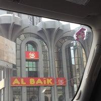 Photo taken at Al Baik by ظلال ☔. on 1/18/2013