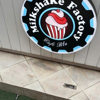 Photo taken at Milkshake Factory by fred b. on 10/5/2013
