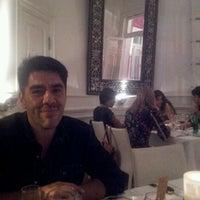 Foto tomada en Osadia Restaurant por Eri P. el 12/9/2012