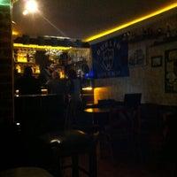 12/8/2013 tarihinde Nuriziyaretçi tarafından Dublin Bar'de çekilen fotoğraf