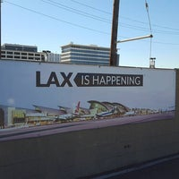 Photo taken at LAX Cell Phone Waiting Lot by ライアン (Rhyan) レ. on 2/9/2016