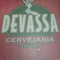 Foto tirada no(a) Devassa Savassi por Laiza A. em 11/14/2012