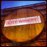 Foto tomada en City Winery por Sherri M. el 7/27/2013