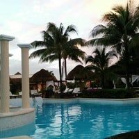 Photo taken at The Royal Suites Yucatán by Omar G. on 12/28/2015