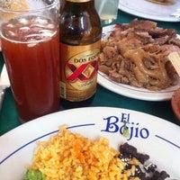 Foto tomada en El Bajío por Mike el 9/30/2012