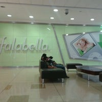Photo taken at Falabella by Daniel E. on 11/25/2012