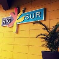 Foto tomada en Centro Comercial Rio Sur por Sabrina T. el 2/20/2014
