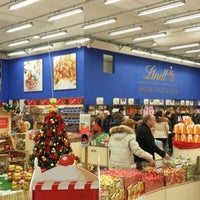 Photo taken at Lindt & Sprungli by Akille on 11/30/2013