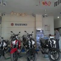 Photo taken at Suzuki Ciledug by Teguh R. on 4/10/2013