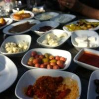 11/10/2012にAliがKasr-ı Van Kahvaltı ve Kahve Eviで撮った写真