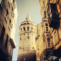 Photo prise au Tour de Galata par Emrah E. le10/16/2013