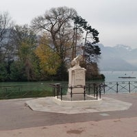 Photo taken at Quai Napoléon III by Karina Y. on 11/30/2014