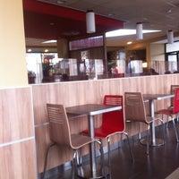 Photo taken at Burger King by Jorge on 11/16/2014