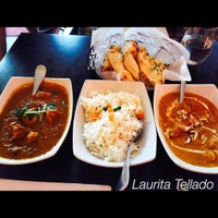 Photo prise au Saffron Indian Cuisine par Laura T. le8/5/2015