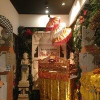 Photo taken at Ubud Suci Bali Asian Kitchen by Muhammad Firmansjah on 7/31/2014