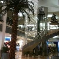 12/7/2012 tarihinde Birol H.ziyaretçi tarafından Carrefour İçerenköy AVM'de çekilen fotoğraf