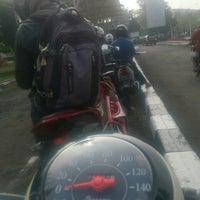 Foto tomada en SAMSAT Bandung Timur por Dion D. el 7/18/2016