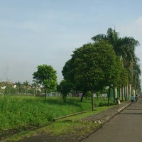 Photo taken at Jogging Track Batununggal Indah by Dion D. on 12/23/2012